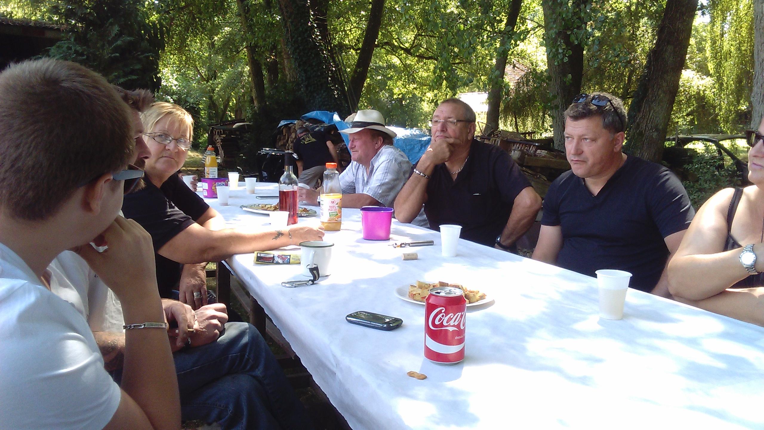 repas_du_club_le_01.08.2015_à_prémoteux_trizay_les_bonneval_-_1