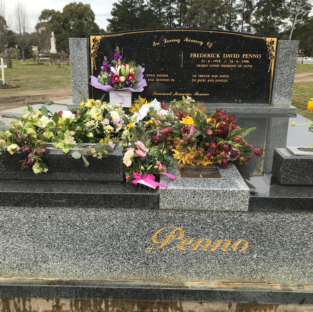 Olives Grave