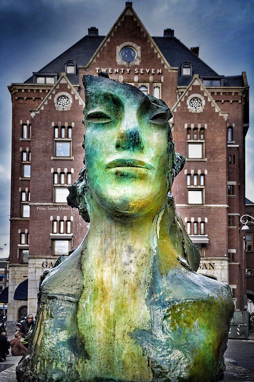 Face Fountain at the Rokin Amsterdam I