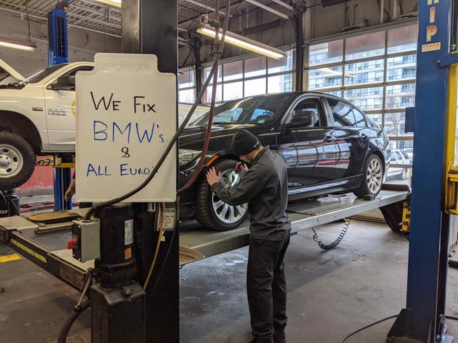 BMWs Redline.jpg