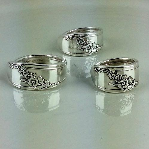 Queen Bess II Spoon Ring