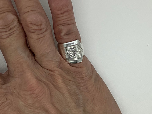 Spoon Ring Elegant