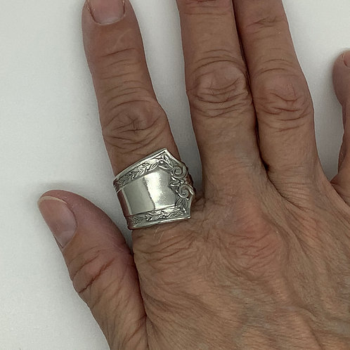 Spoon Ring Large with Edging