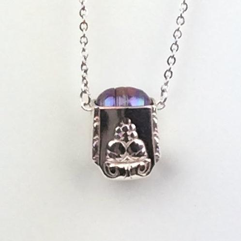 Bordeaux Hollow Handle Pearl Pendant