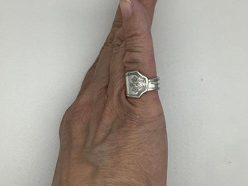 Spoon Ring Symmetrical Tip