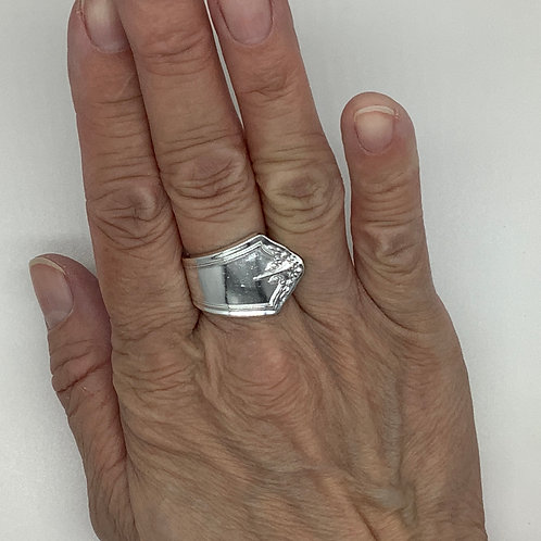 Spoon Ring with Bouquet Tip