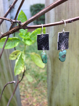 Leather earrings with turquoise