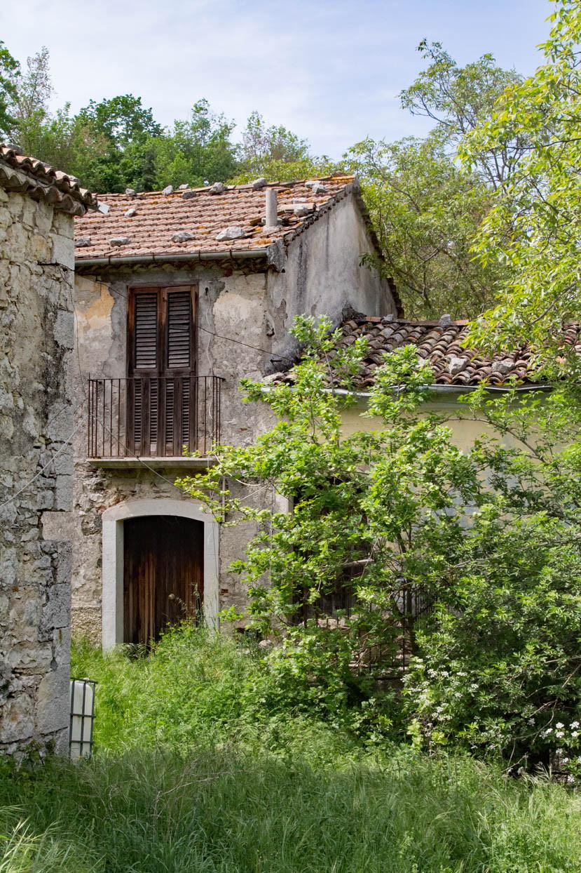 Farm buildings Sepino Molise