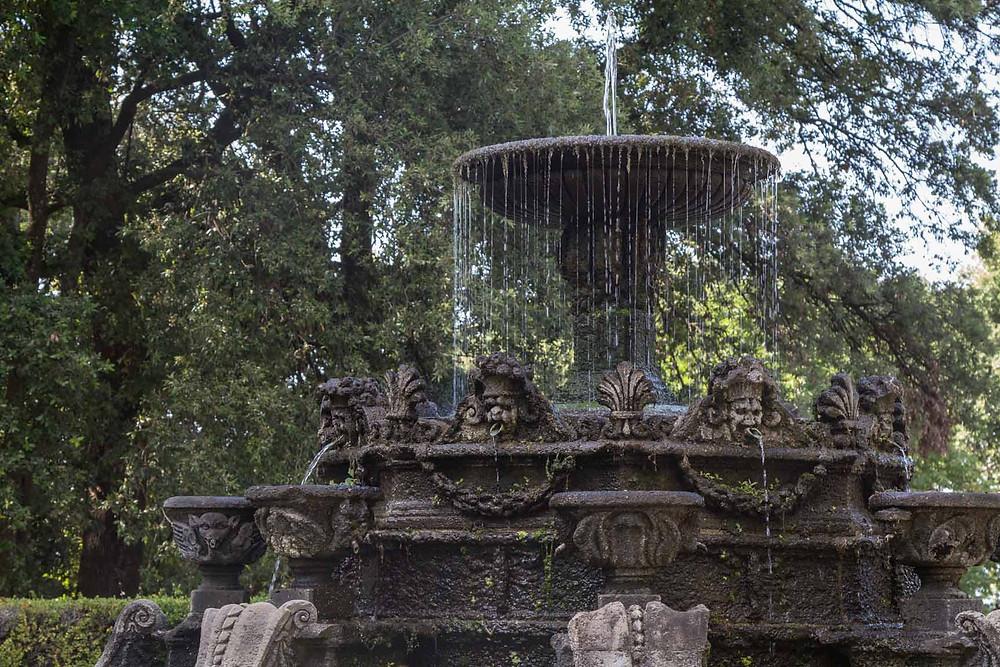 Fontana dei Delfini Bagnaia Lazio