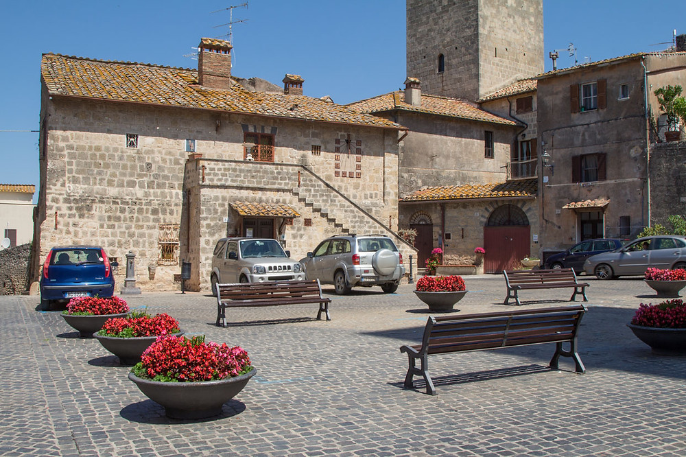 Piazza San Martino Tarquinia
