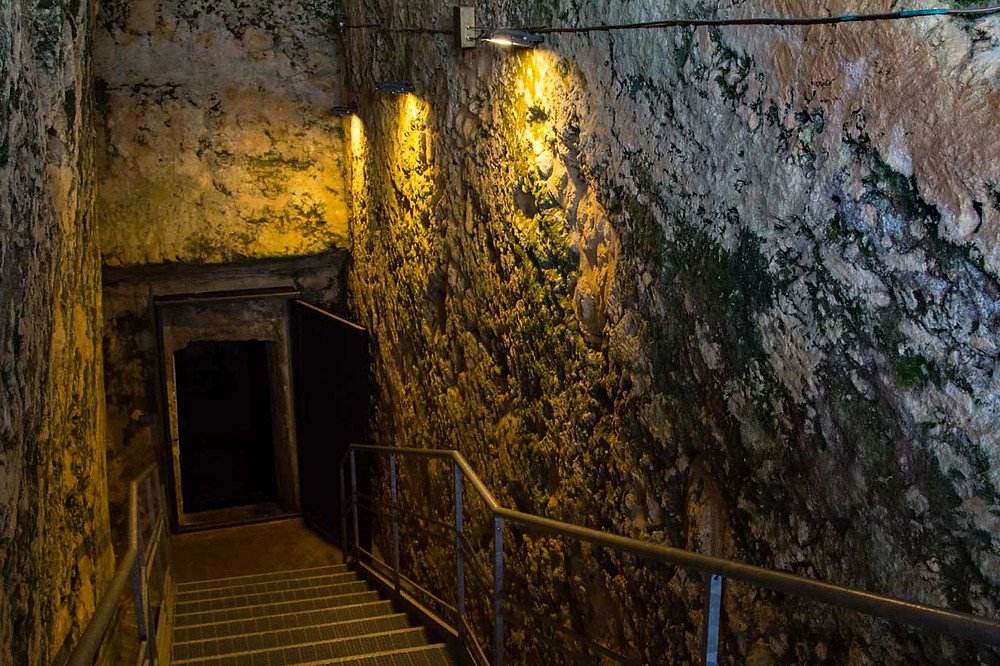 Tomb Descent Tarquinia Lazio