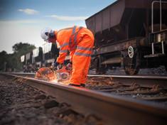 AG Gera: Pensionierter Bahnbediensteter erhält volle Rente - Versorgungsausgleich nach Tod der Ex-Fr