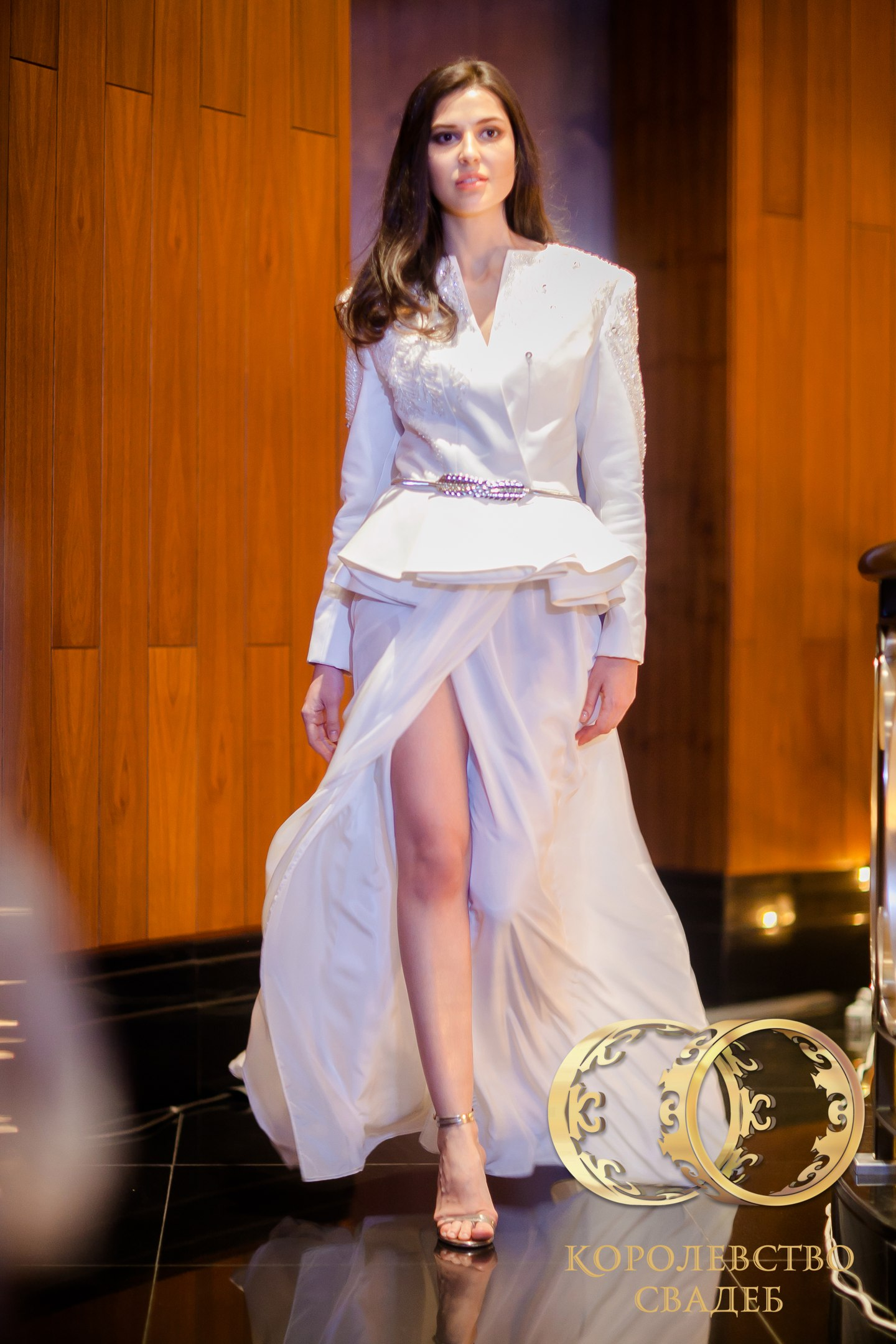 Свадебные платья LA DUCHESSE codSBaE