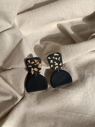 jennifer earrings.IMG