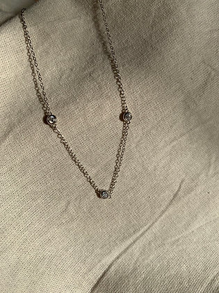 Three Diamonds Necklace