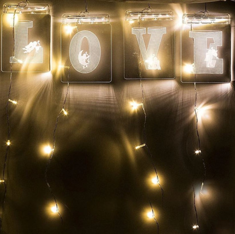 Cortina De Led Placas Love 3d Branco Quente
