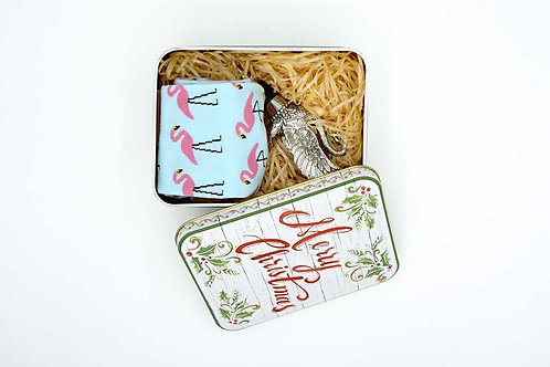 Swan Shape Wine Stopper & Flamingo Patterns Socks in Tin Box
