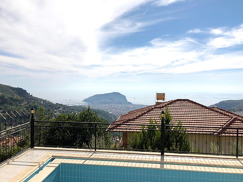 PRIVATE SEAVIEW VILLA WITH LAND IN BEKTAŞ/ALANYA (4+1+1 FOR SALE)