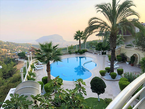 FURNISHED PANORAMIC 3-BEDROOM VILLA CONDO IN ALANYA (3+1 FOR SALE)