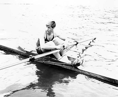 Al Wiederhold rowing single scull for the Minnesota Boat Club. ca. 1960.jpg