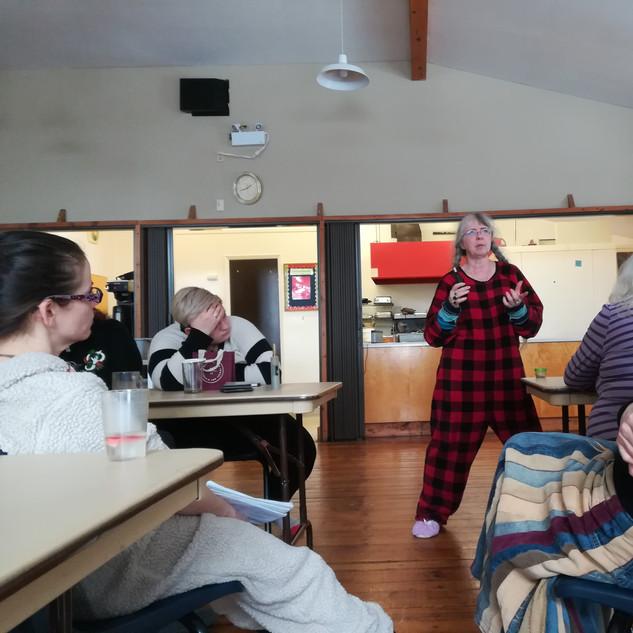 Anne Marie teaching edibles in her onesie