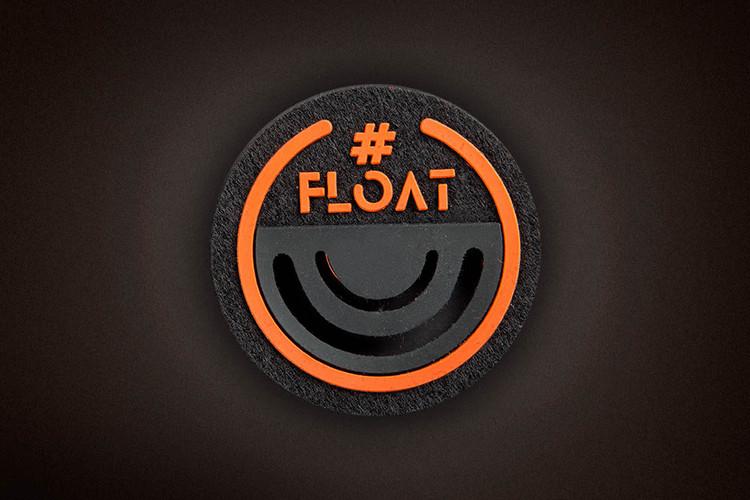 802-FW18-19_Float_patch_Emmetex.jpg