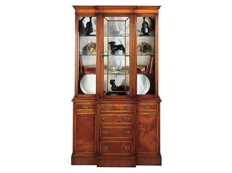 7  Display Cabinet with glass shelves ma