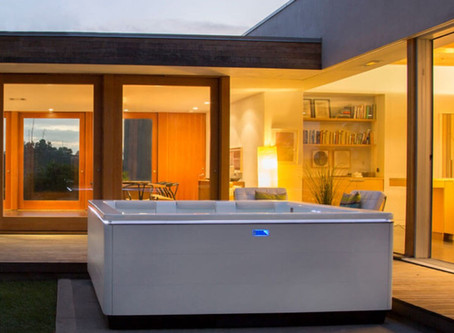 5 Reasons You Need to Invest in a Bullfrog Portable Hot Tub Today