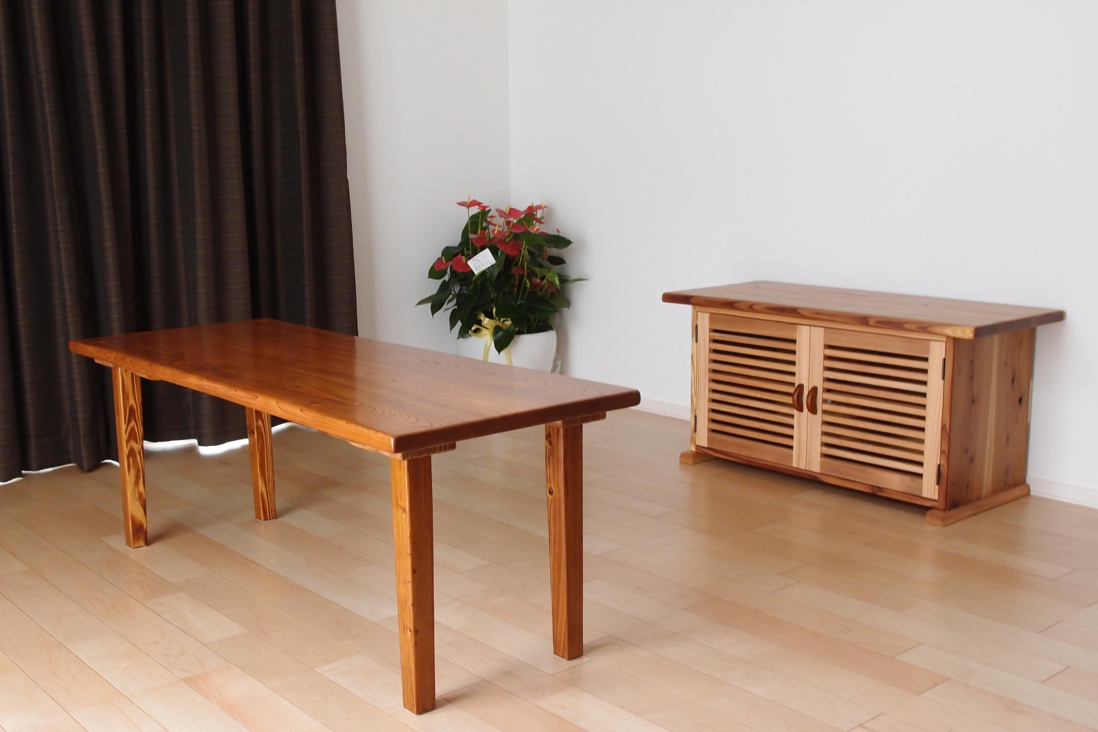 1308吉野様 欅一枚板テーブル&秋田杉テレビボード (1)