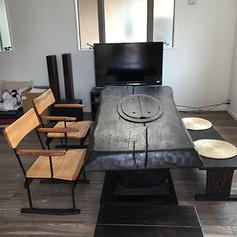 楢 一木囲炉裏テーブル 焼黒