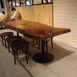 楢一枚板テーブル