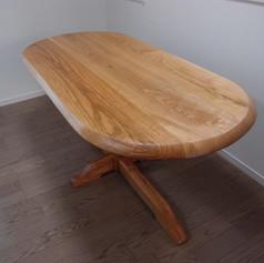桜 楕円テーブル