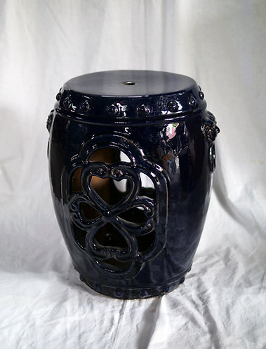Wood fired stool with lion motif