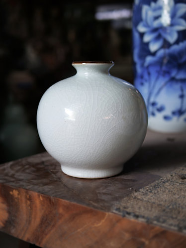 Pale Celadon Crackle Vase