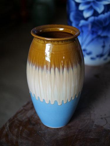 3-Coloured Running Glaze Vase
