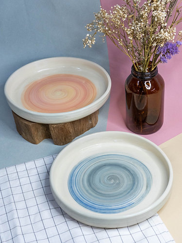 Swirl Plates (2 Colours)