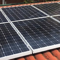 Sims Solar Cleaning Best Rates in Melbourne