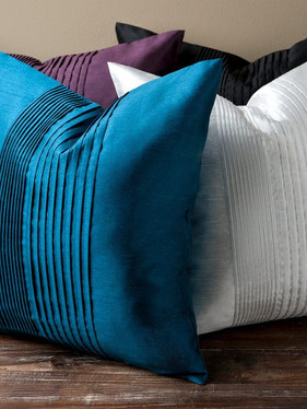 Pleated-Square-22-inch-Decorative-Pillow
