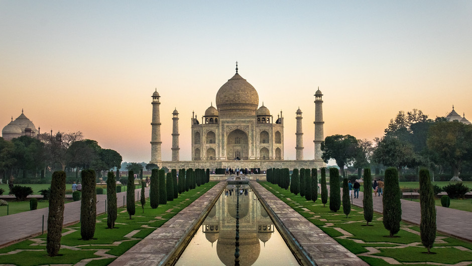 (CHEAP FLIGHTS) Return tickets to India from 385 eur!