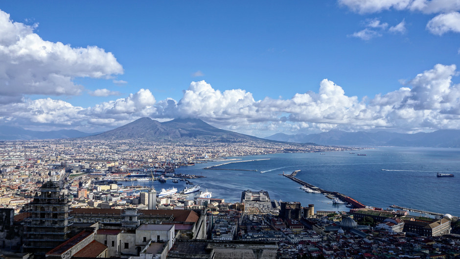 (CHEAP FLIGHTS) Return ticket to Naples from 49 euros