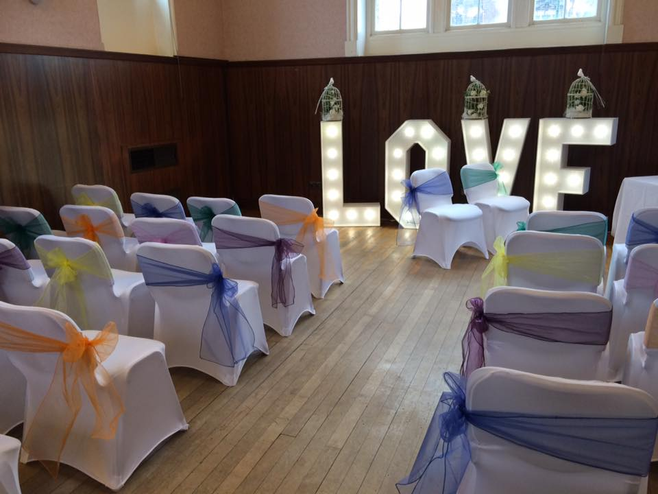chair cover hire glasgow