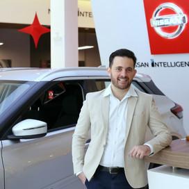 Business!!! Nissan Carbel Japão completa seis anos em BH: já comercializou mais de 30 mil veículos.