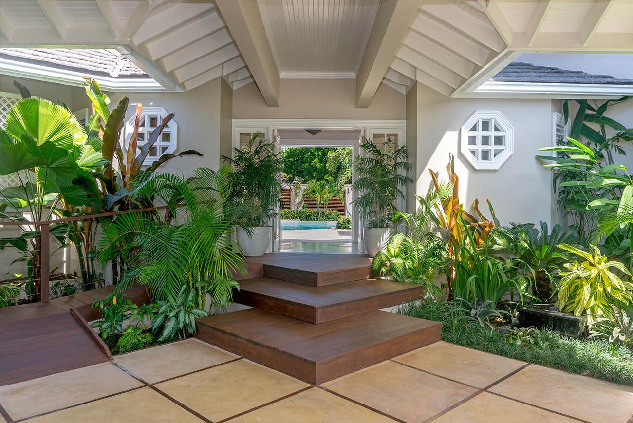 Villa-Mara-Entrance.jpg