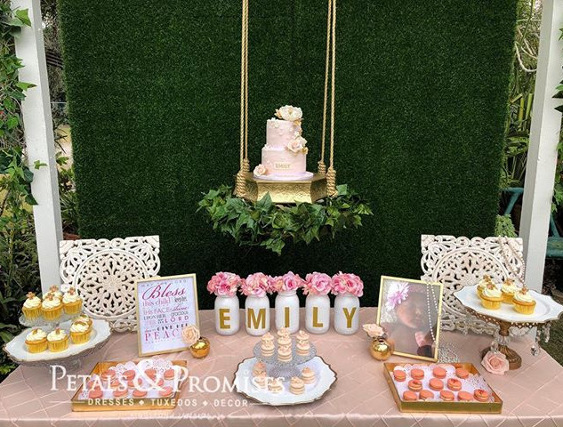 Cake Swing, Backdrop and Table Decor by