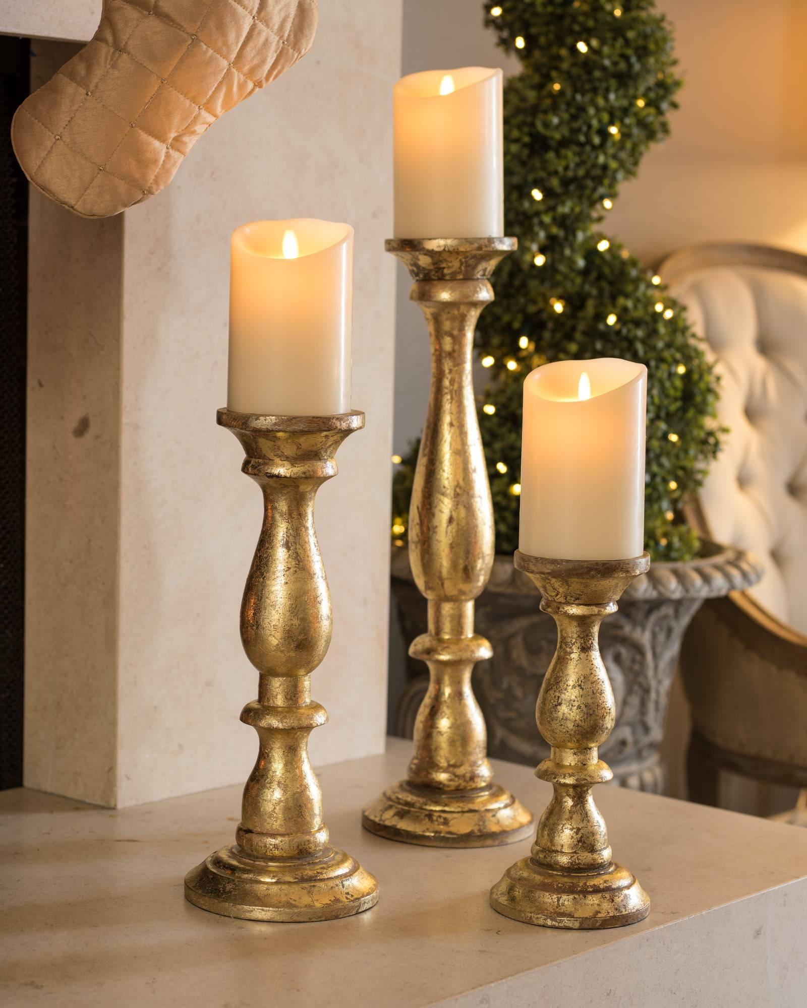 4000709_Gold-Wood-Pillar-Candle-Holders-Set-of-3_SSC-10