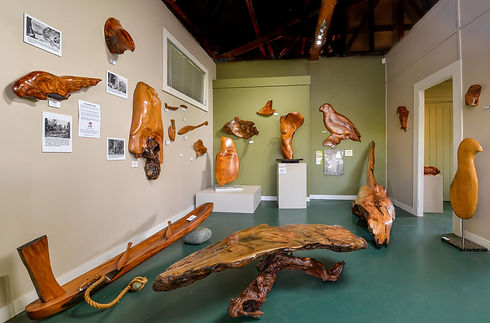 Kauri Cliff Art Gallery in Whangamata, Coromandel, New Zealand