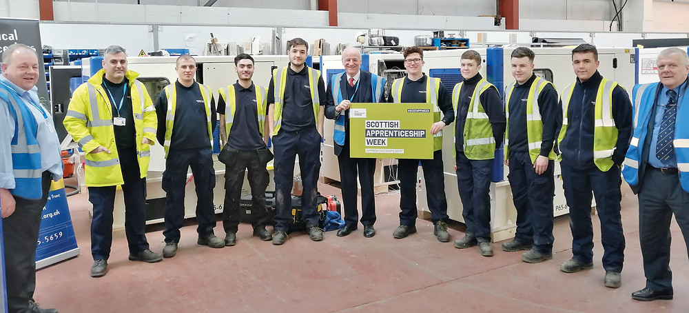 MSP Gil Paterson (centre) meets  the apprentices at Dieselec Thistle