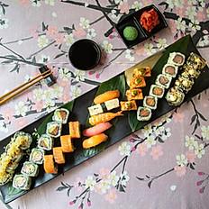 Jasmine Set (28 pieces of Sushi, 5 pieces of Nigiri)