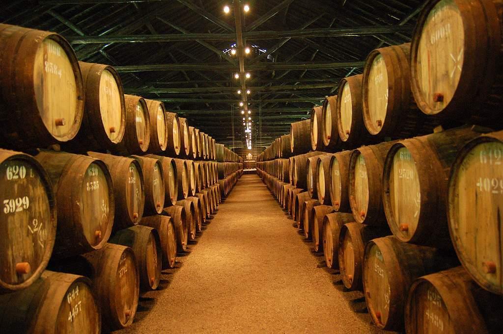Caves-do-vinho-do-Porto
