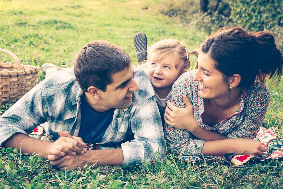 Loving family copia.jpg